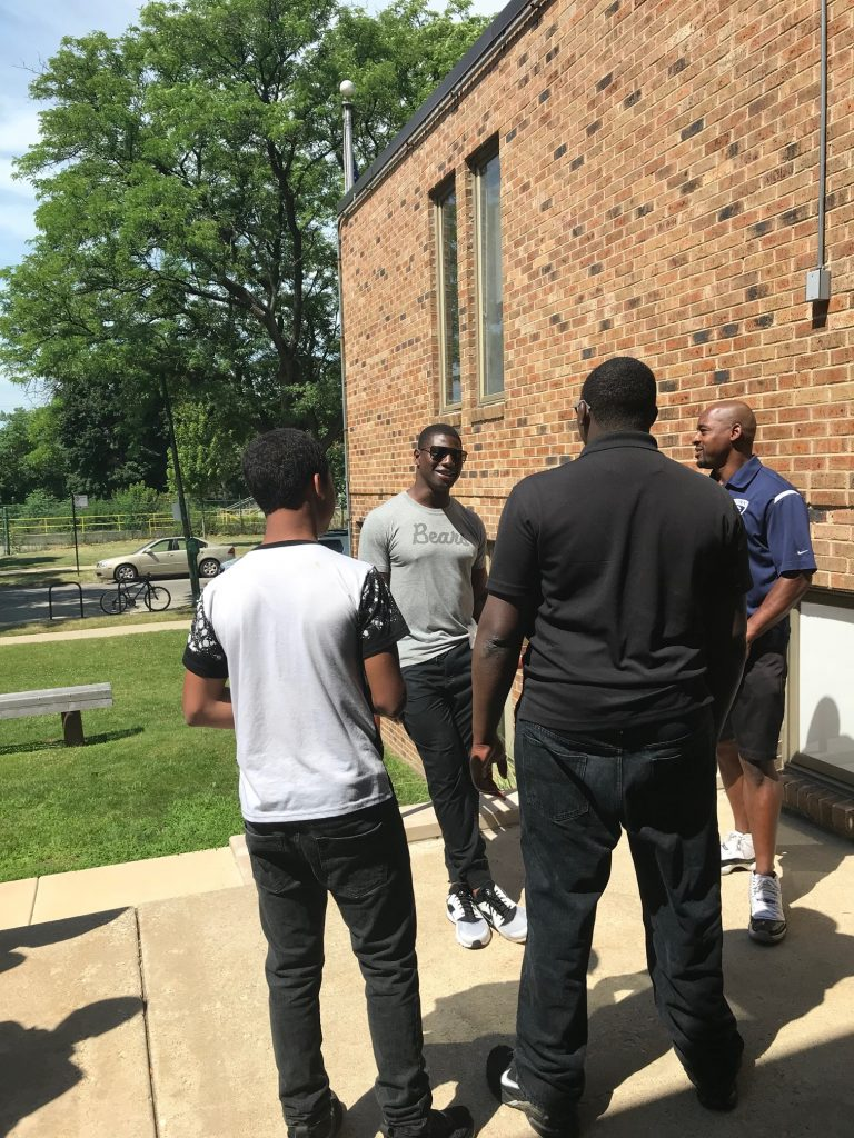 Bob S Discount Furniture Amp Chicago Bears Create Magic For Lawrence Hall Youth Lawrence Hall